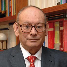 Ángel Martínez-Aldama, presidente de Inverco en sustitución de Mario Rabadán